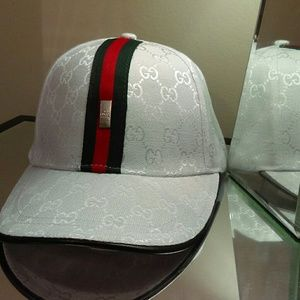 Other - (NWT)Canvas  fashion baseball cap